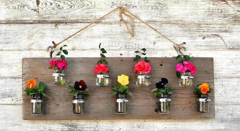 Подвесные горшочки для цветов
