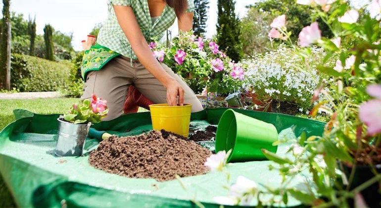 Коврик для работы в саду и огороде