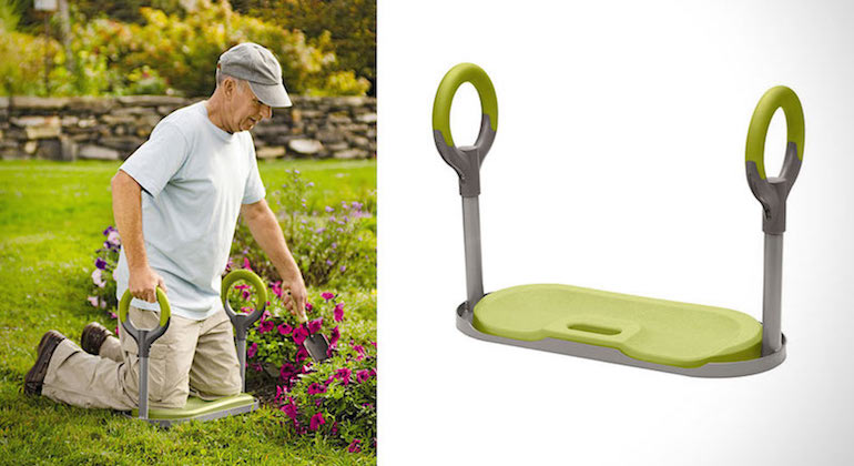 Удобная платформа под колени для работы в огороде