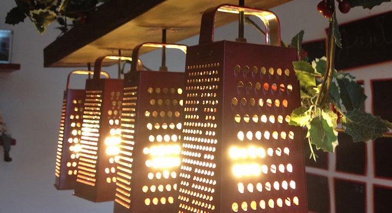 Оригинальные светильники из терок
